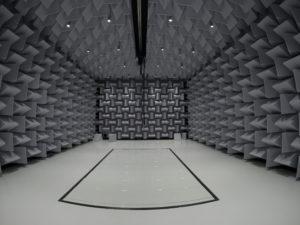 Salle semi anéchoïques